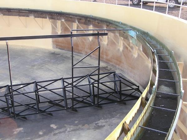 Segmented Plow Clarifier